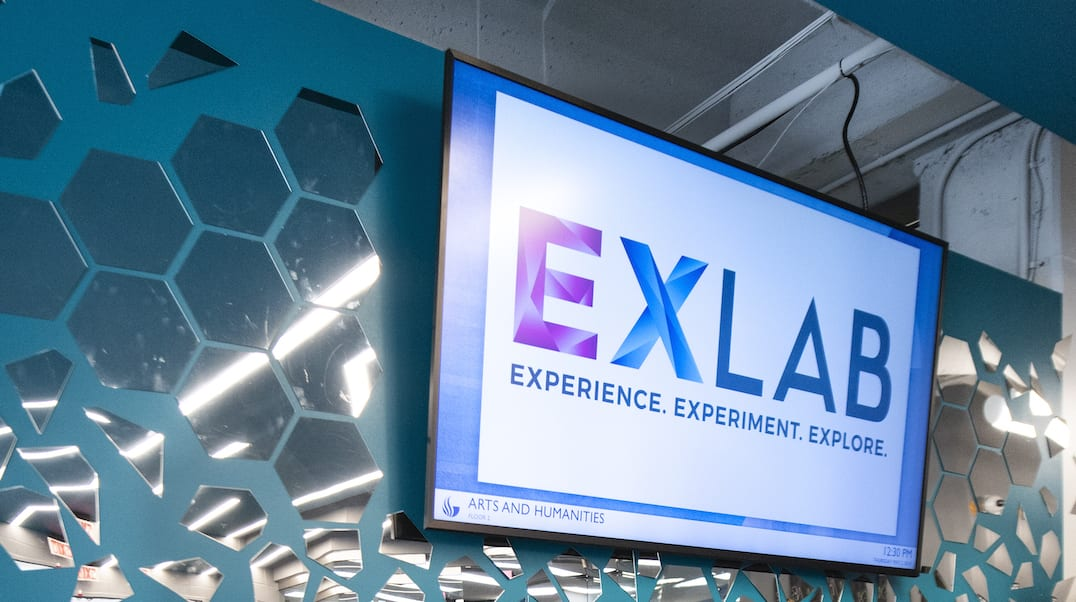 EXLAB Digital Sign